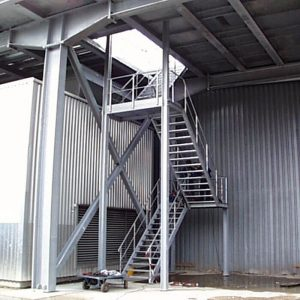 Stahlbau R.Schramm GmbH Fördertechnik Automatisierung Galerie Treppenturm